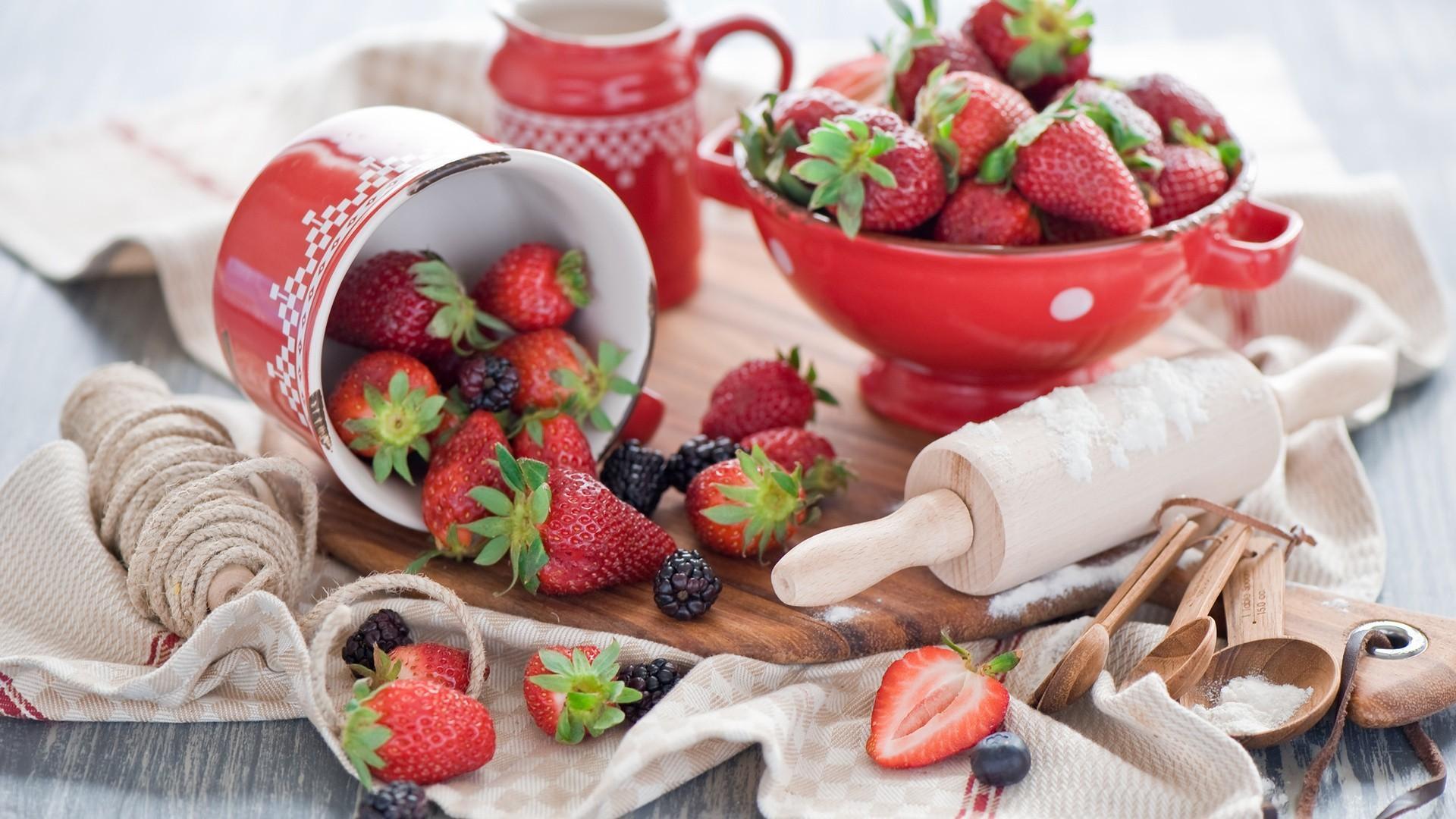 Kitchen strawberries food art wallpaper 71536 1920x1080