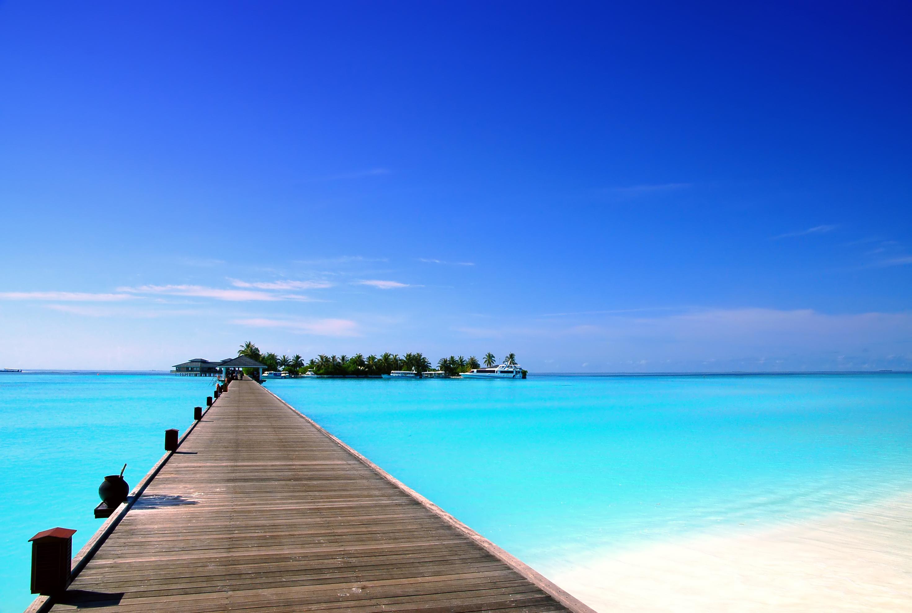 hotel pier Maldives Sun Island Sun Island hotel Maldives islands 2941x1977