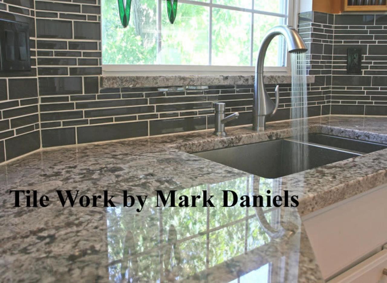 Kitchen backsplash design ideas backsplash wallpaper zimbio 1280x938
