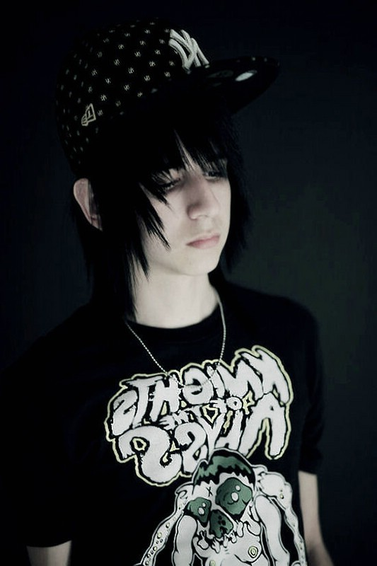 Emo guy Wallpapers   500 Collection HD Wallpaper 533x800