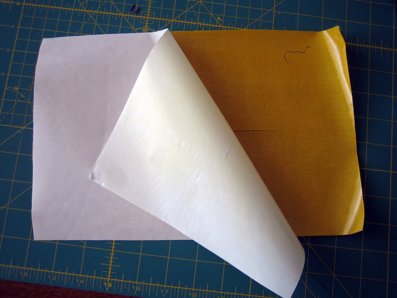 Fold fabric in half so that it is 4 12 by 12 1600x1200