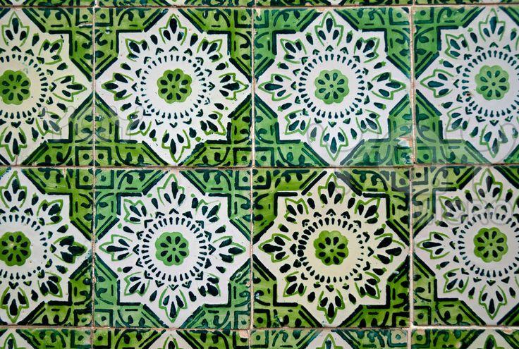 spanish tiles Wallpaper tilesect Pinterest 736x495