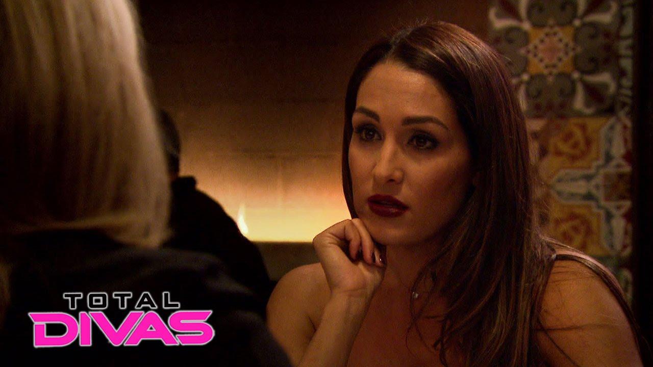 2015 WWE Total Divas 1280x720