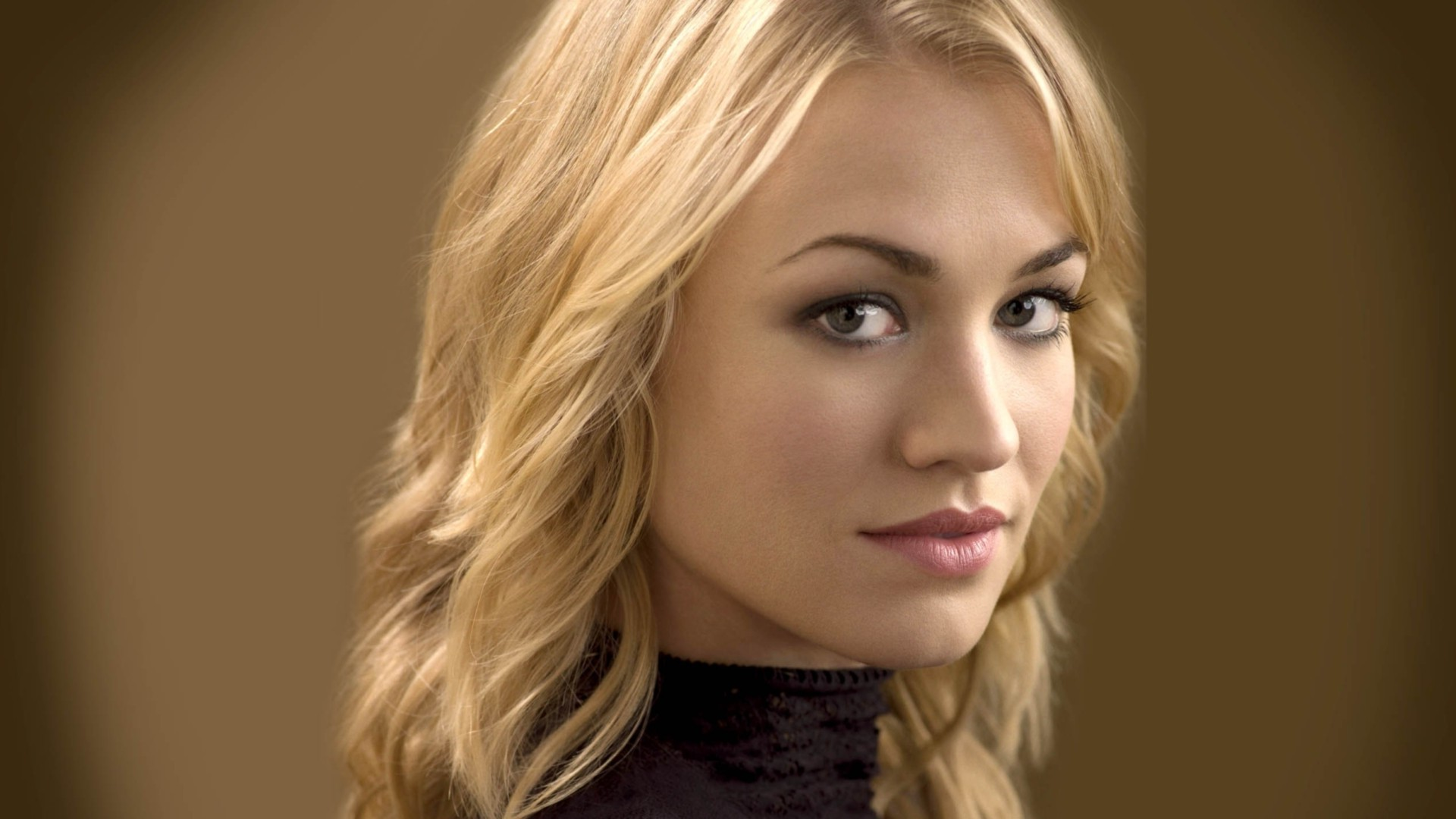 Yvonne Strahovski Wallpapers HD Full HD Pictures 1920x1080