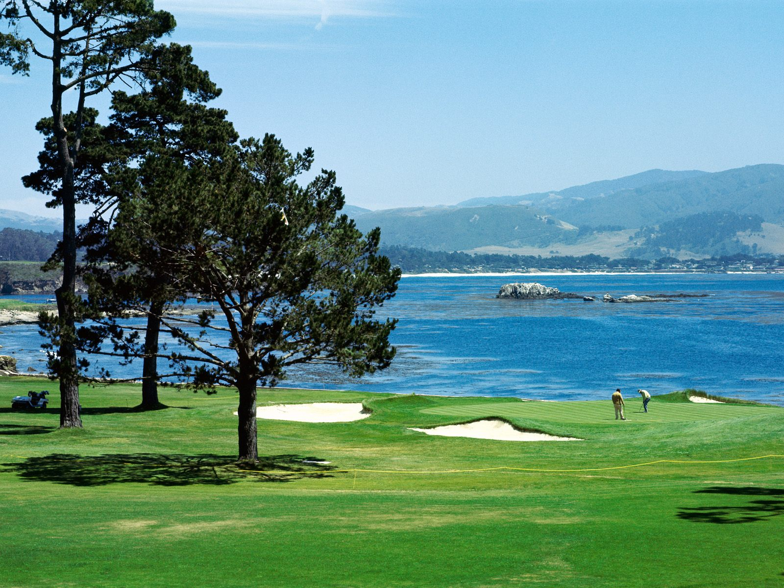 Pebble Beach California   Sports Photography Desktop Wallpapers 6648 1600x1200
