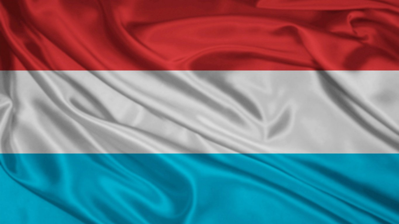1366x768 Luxembourg Flag desktop PC and Mac wallpaper 1366x768