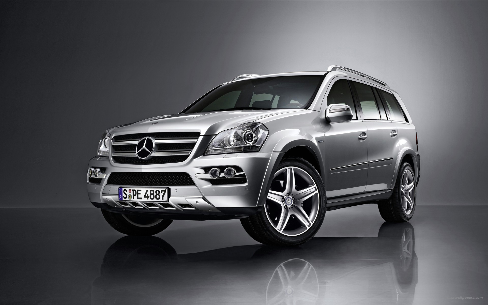 2009 Mercedes Benz SUV Wallpapers HD Wallpapers 1920x1200