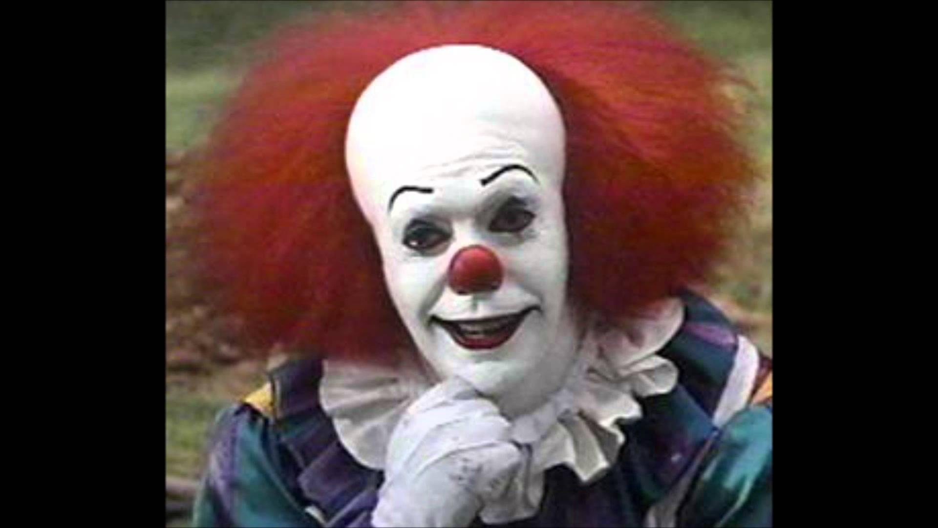 Pennywise the Clown Wallpaper - WallpaperSafari
