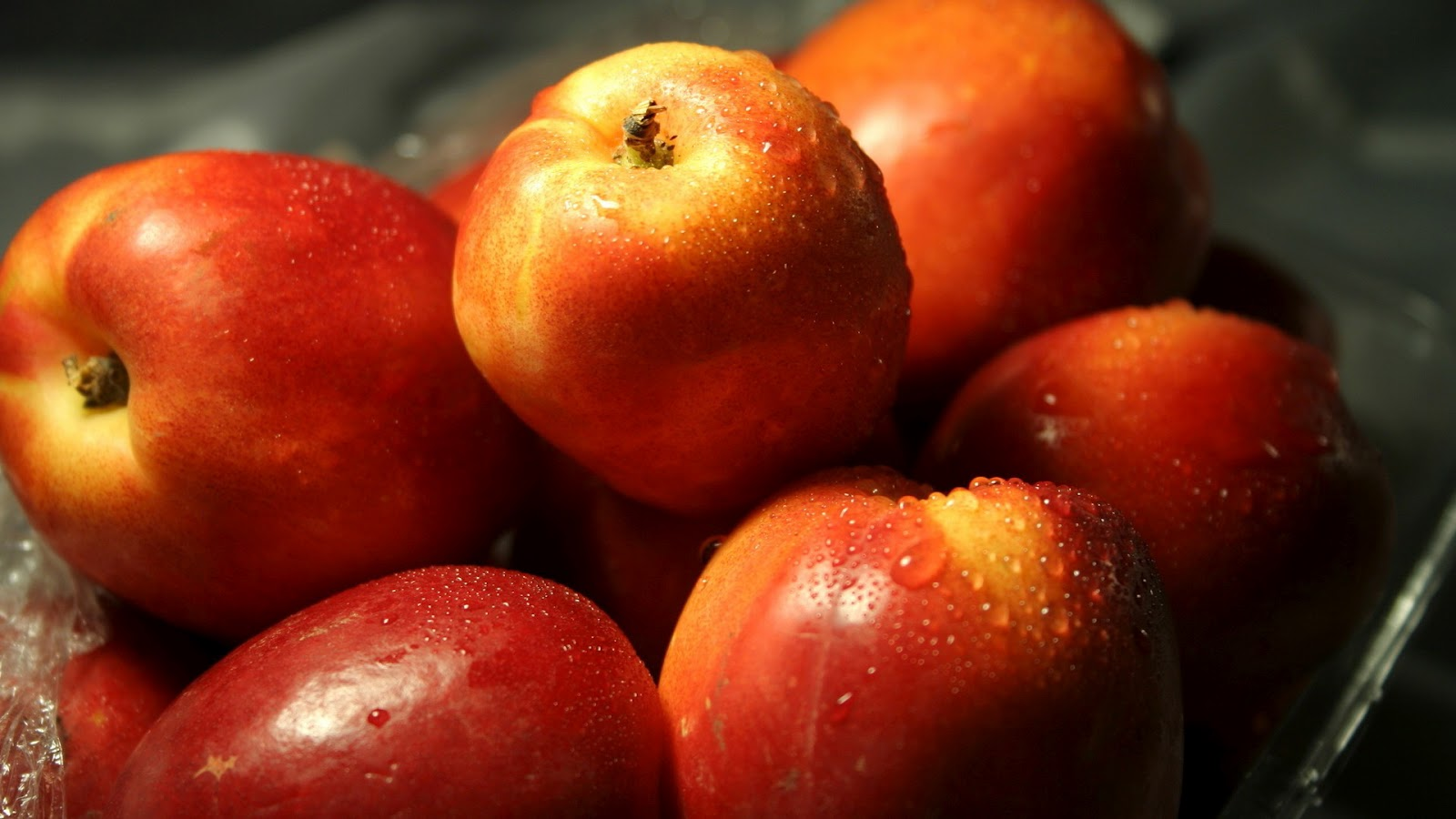 ApplefruitWallpaperjpg 1600x900