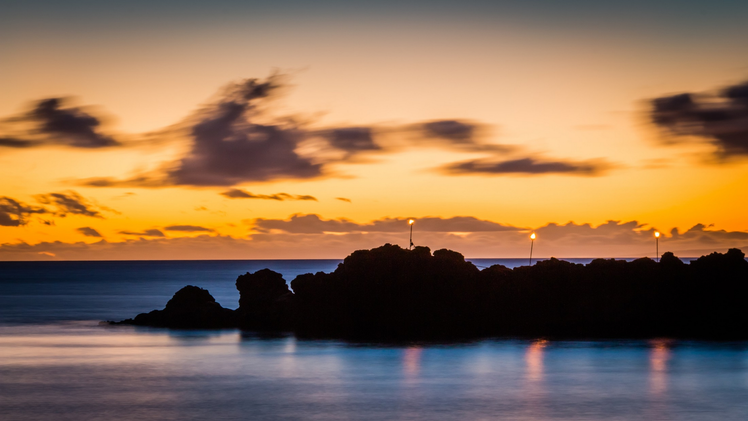 Sunset over Black Rock at Kaanapali Beach Hawaii [2560x1440 2560x1440