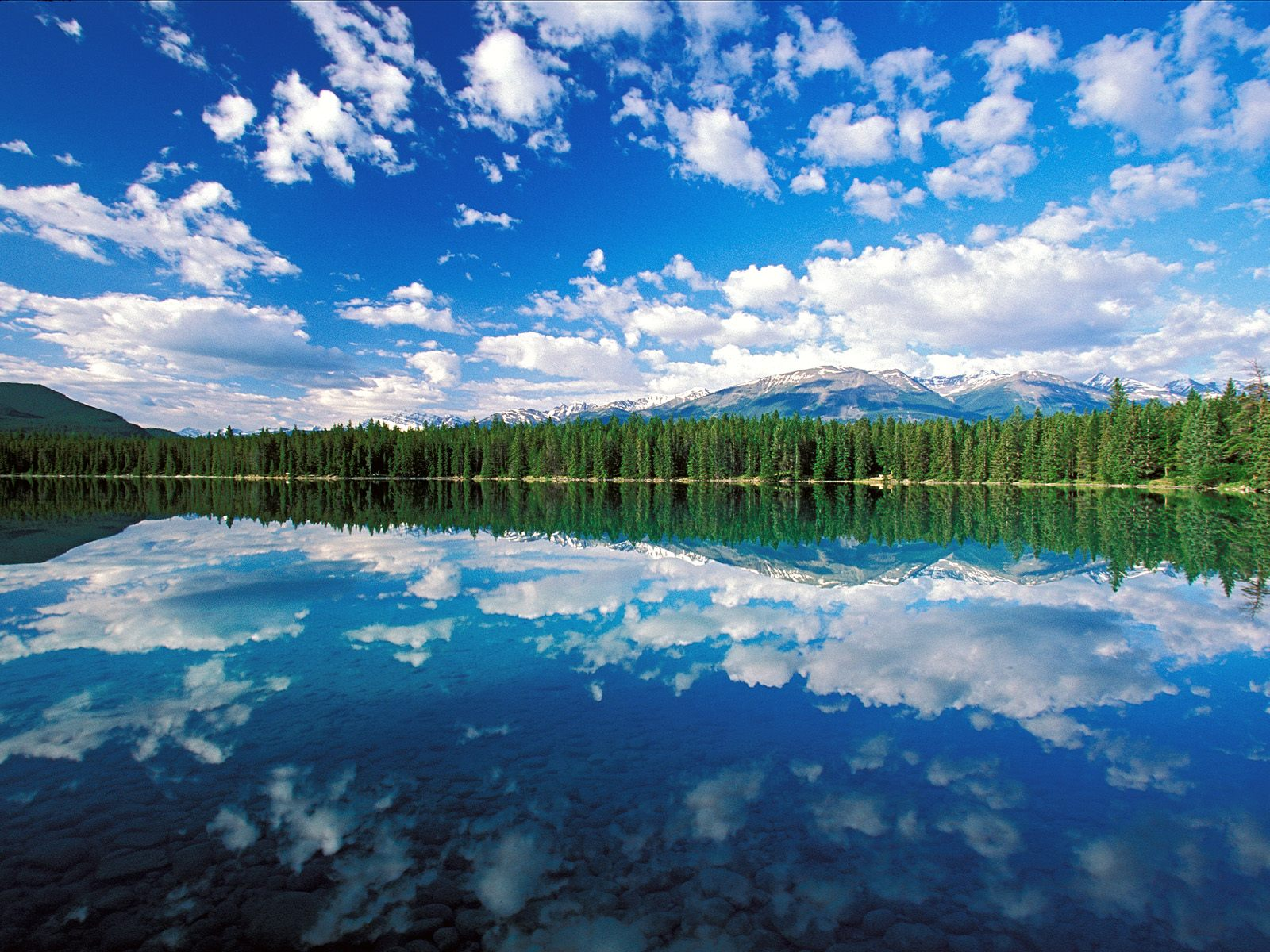 Edith Lake Jasper National Park Canada Wallpapers HD Wallpapers 1600x1200