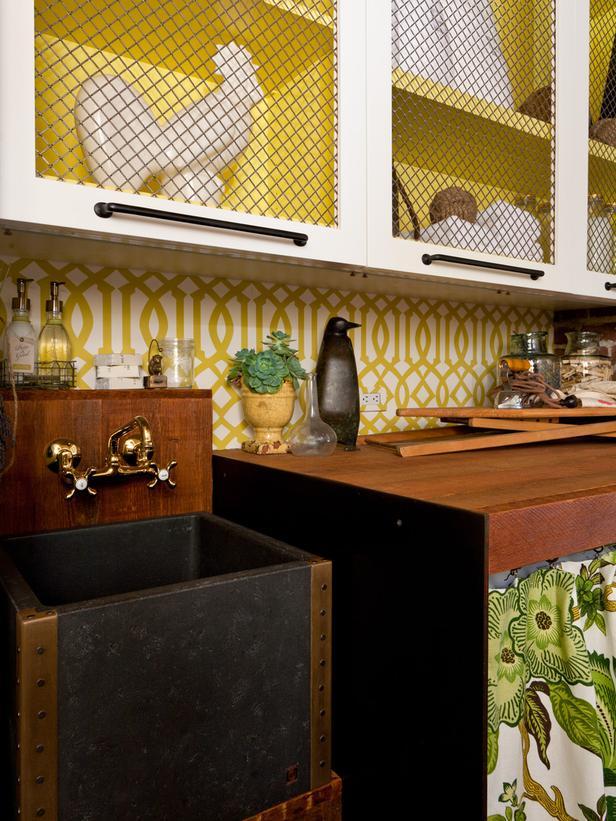 Green Trellis Wallpaper Laundry Room Farmhouse Sink Designers 616x821