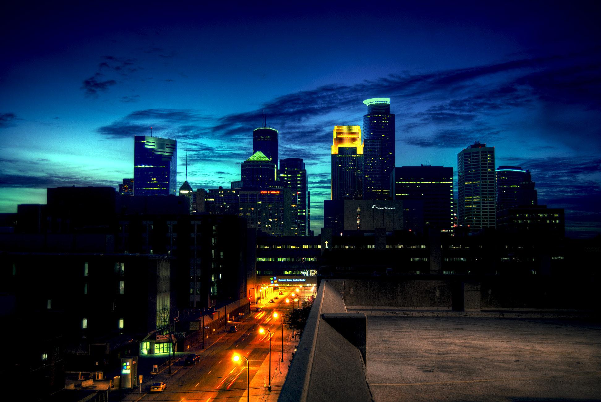 Minneapolis Skyline At Dusk By TheSalmonThief 1944x1300