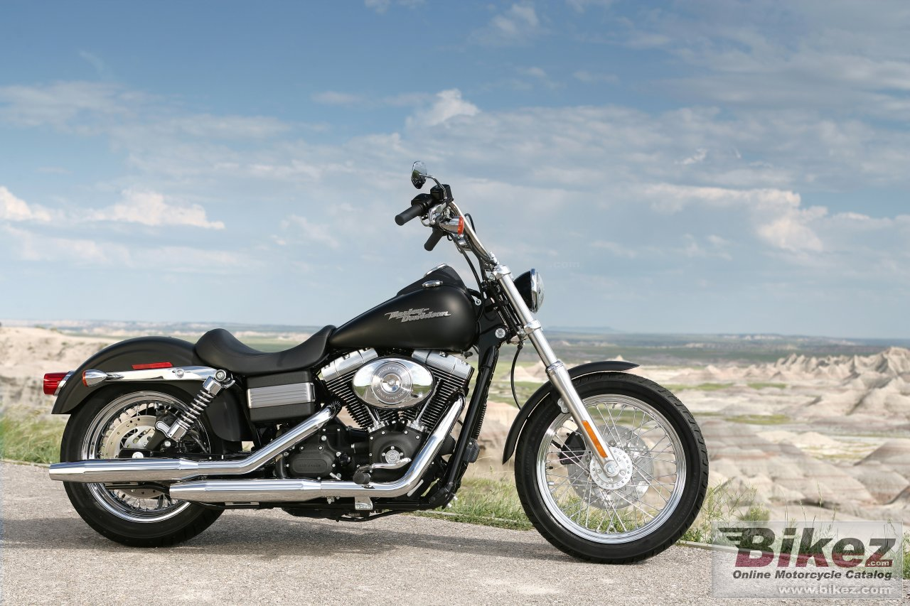 Big Harley Davidson fxdbi street bob picture and wallpaper from Bikez 1280x853