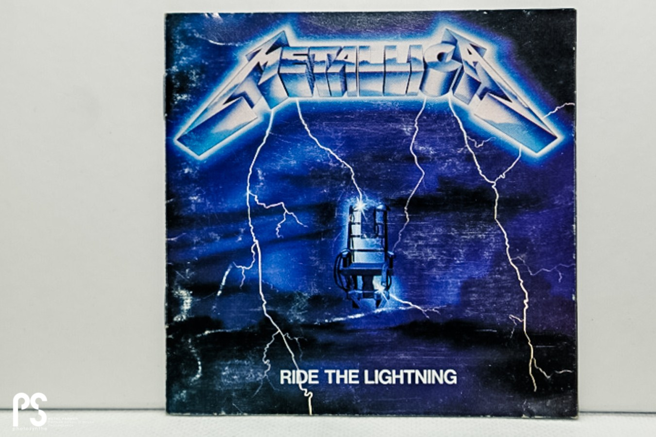 Metallica Ride The Lightning Logo Metallica   ride the lightning 1350x900