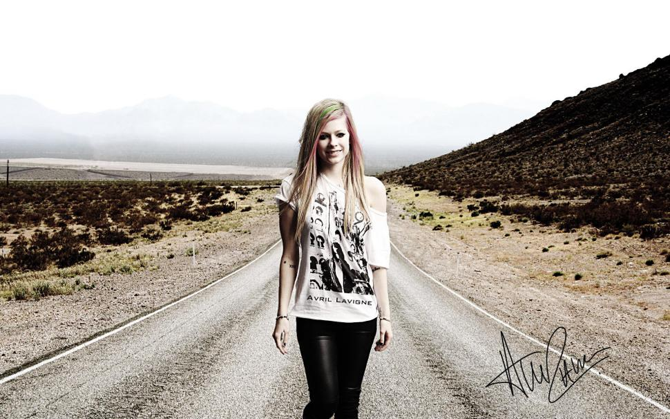 Avril Lavigne with Signed wallpaper celebrities Wallpaper Better 970x606