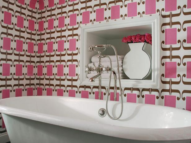 Our Favorite Bright Bold Bathrooms Bathroom Ideas Designs HGTV 616x462