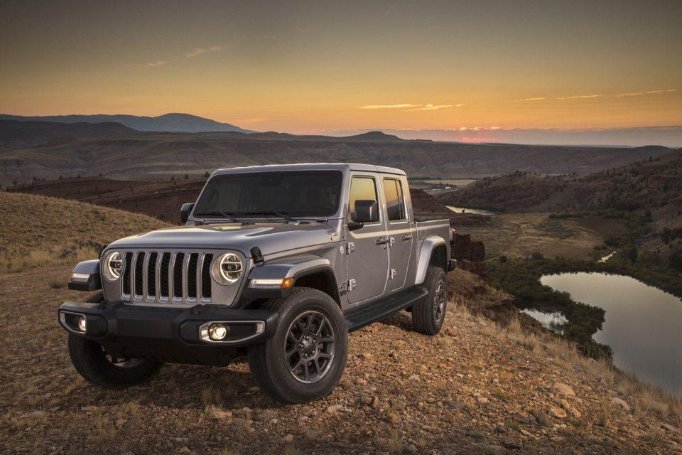 2020 Jeep Gladiator Storms The Stage In Los Angeles 960x640