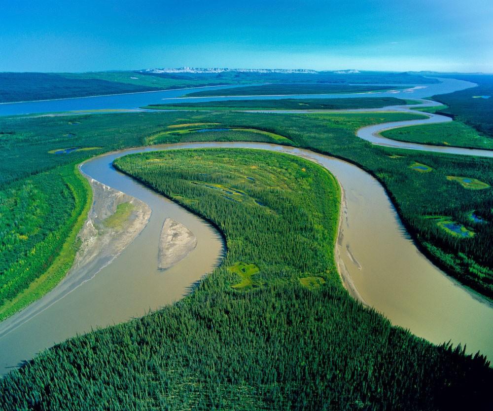 река занимающая второе место по полноводности