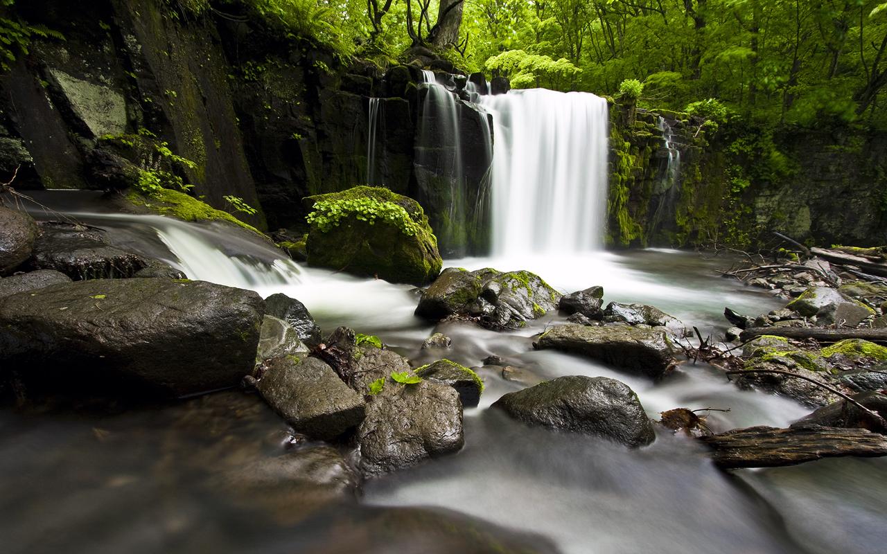 oirase gorge waterfall japan wallpaper beautiful japanese wallpaper 1280x800