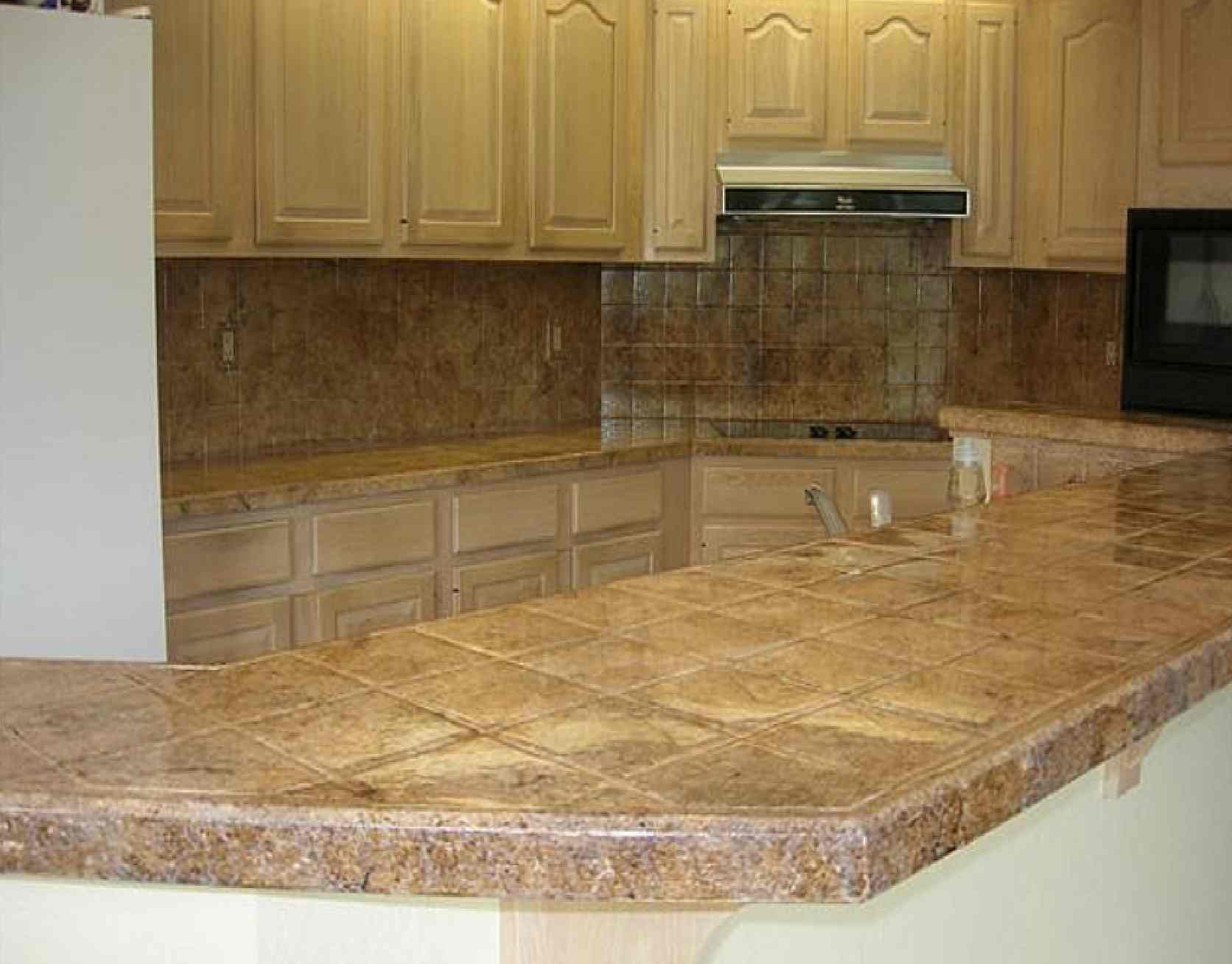 Ideas For Painting A Kitchen Counter With White Top on