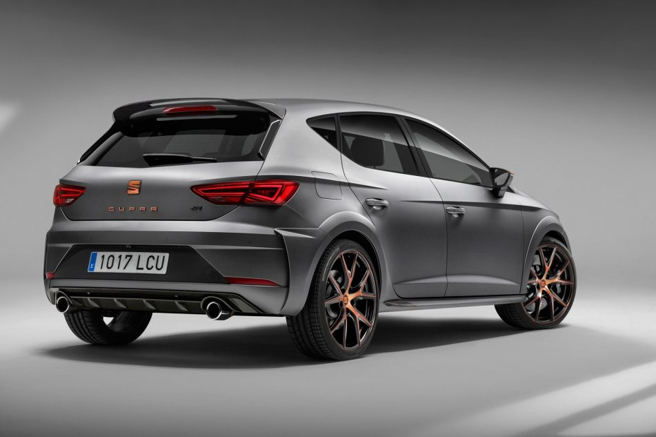 2019 SEAT Leon Look HD Wallpapers New Car Preview Rumors 951x633