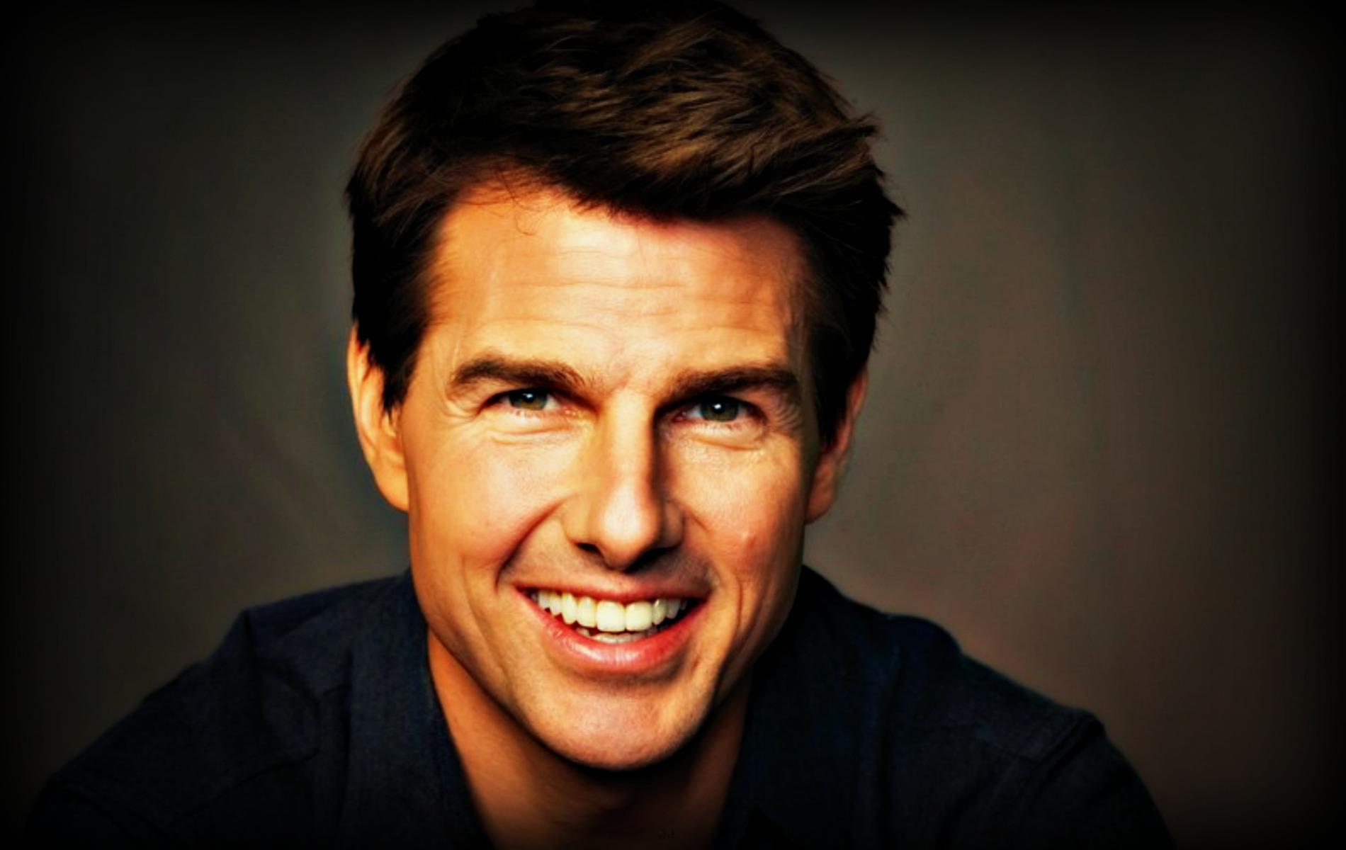 50 Hi Res Wallpaper Tom Cruise On Wallpapersafari