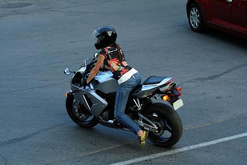 girl on motorcycle wallpapers007 500x333
