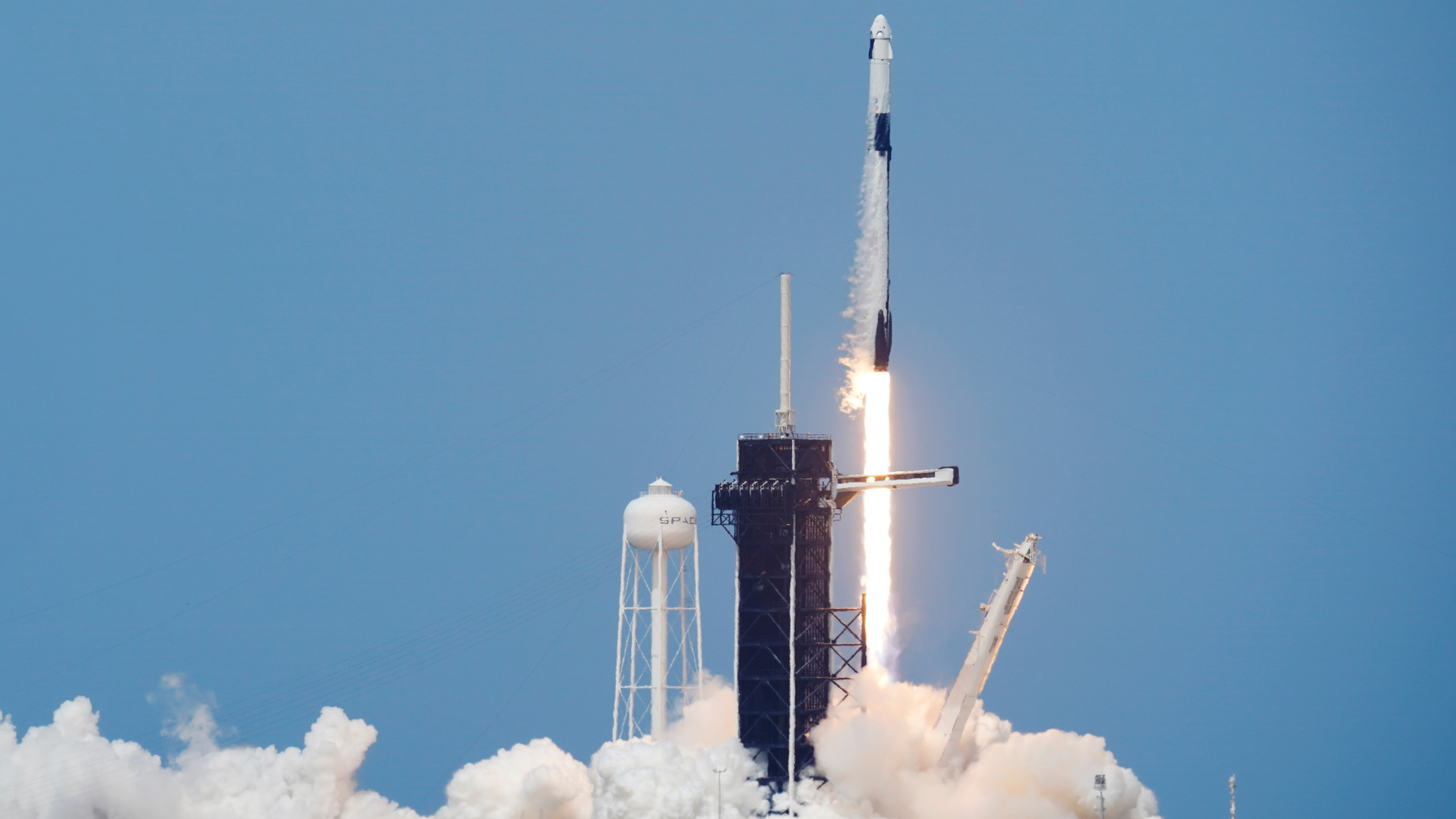SpaceX launches Crew Dragon rocket successfully 4496x2529