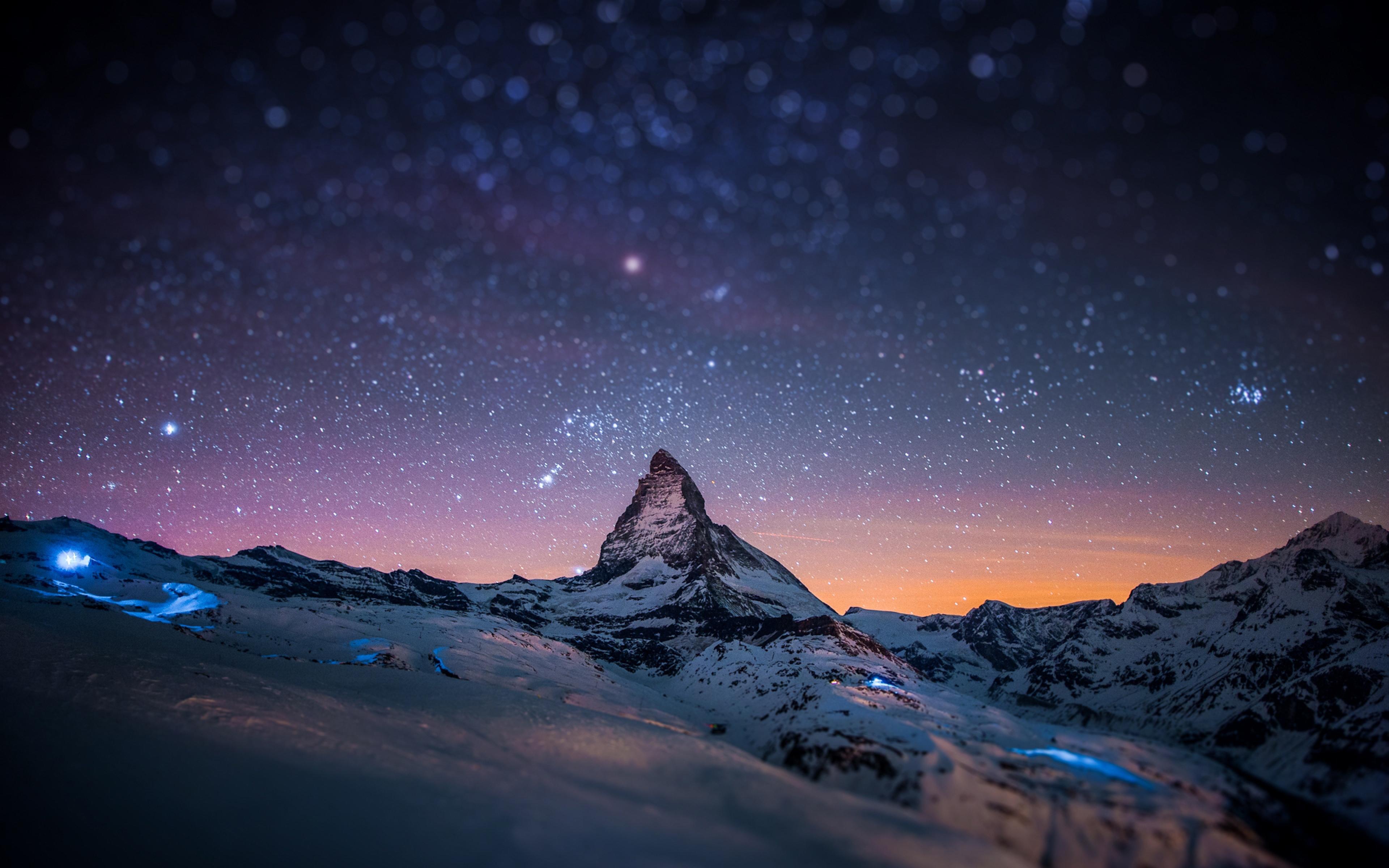 Download HD Mountains Night Sky Blurred Stars Light Show Wallpaper 3840x2400