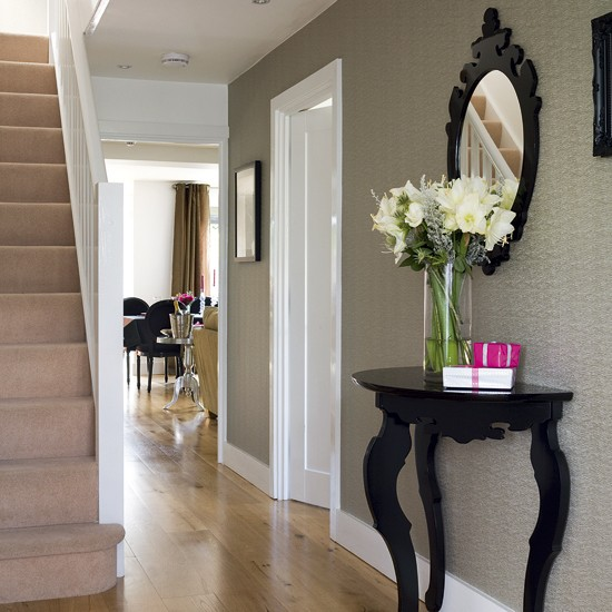 Chic hallway Hallway designs Hallway tables housetohome 550x550