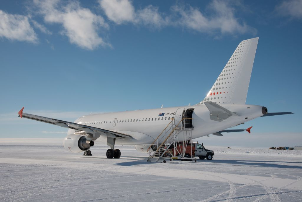 Airbus A319 115LR Australian Antarctic Division 1024x683