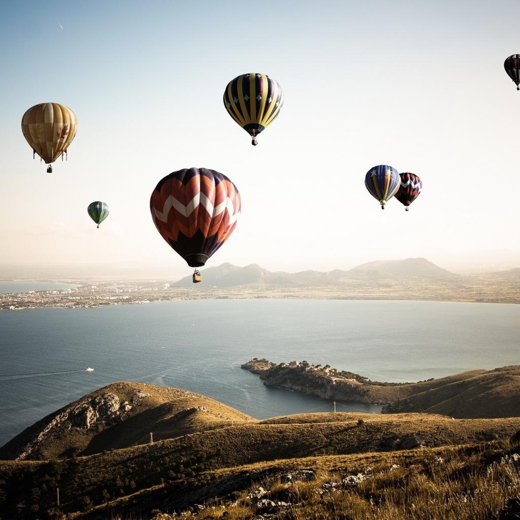 Colorful Hot Air Balloons HD wallpaper 2560x1600 Colorful Hot Air 1024x1024