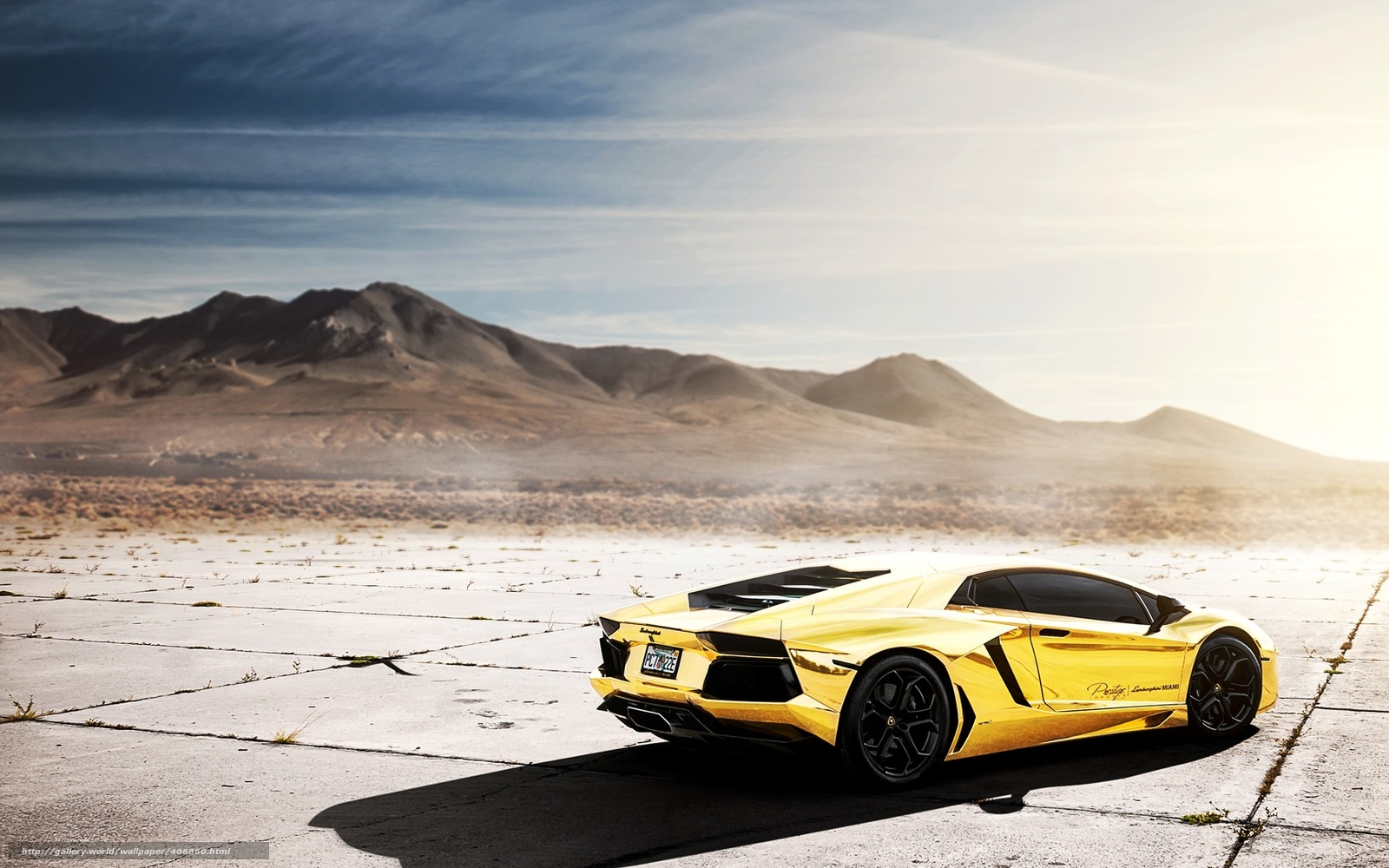 2014 Lamborghini Aventador further Lamborghini Gallardo 2015 Gold 2 besides 25 Hd Egzotik Ve Spor Araba Duvar Kagitlari together with 1286181 Lamborghini Configurator in addition Watch. on solid gold lamborghini huracan