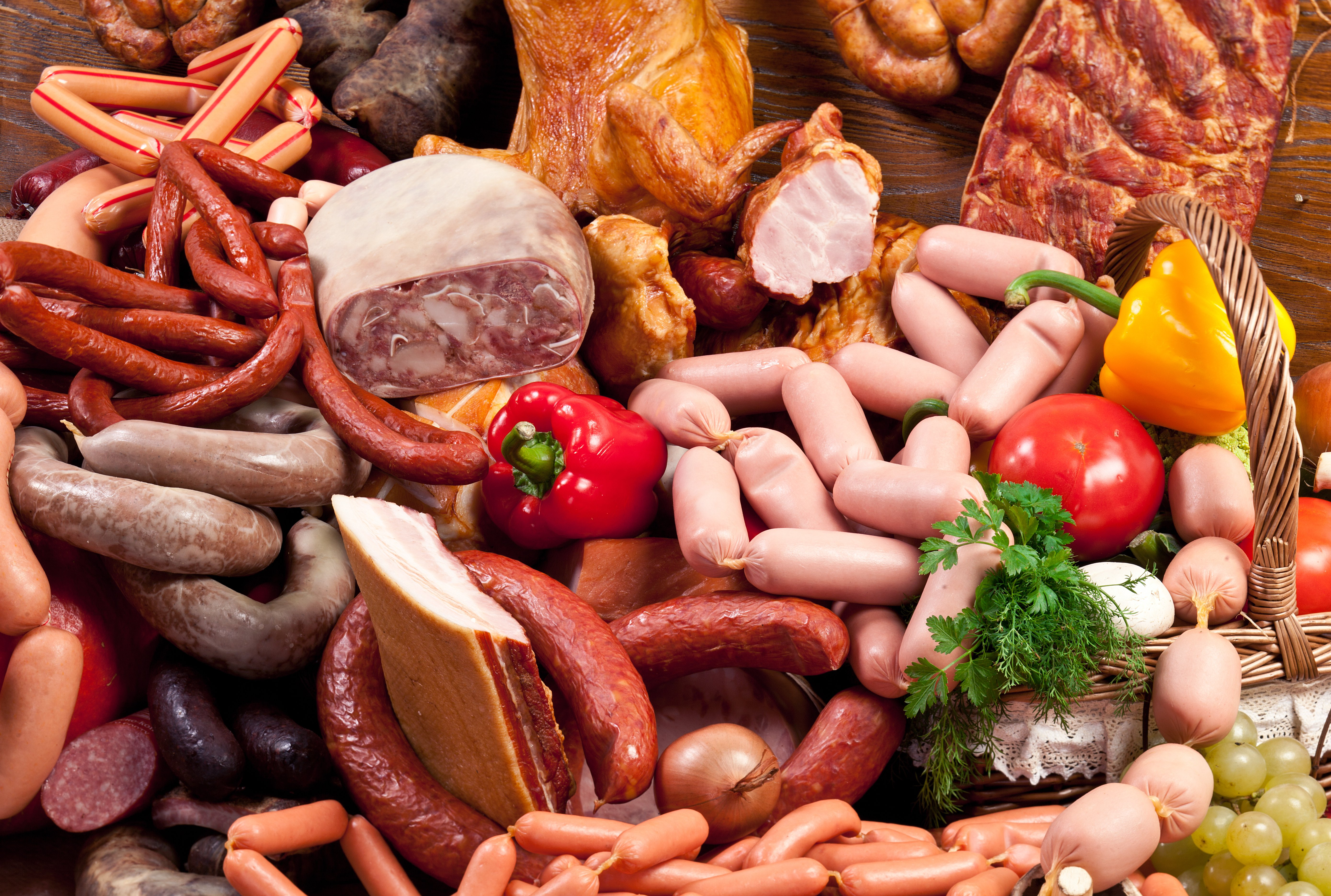 Image Sausage Ham Vienna sausage Food Pepper Meat products 5557x3744 5557x3744