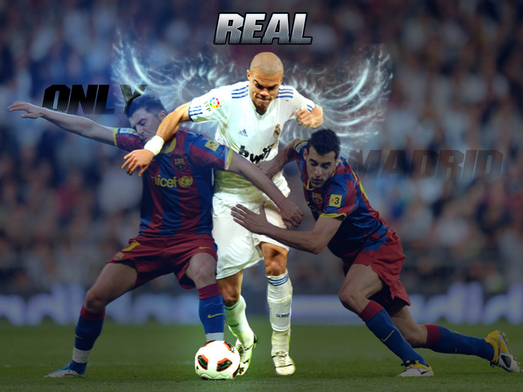 Pepe Vs Barcelona Strikers Wallpaper   Football HD Wallpapers 1024x768
