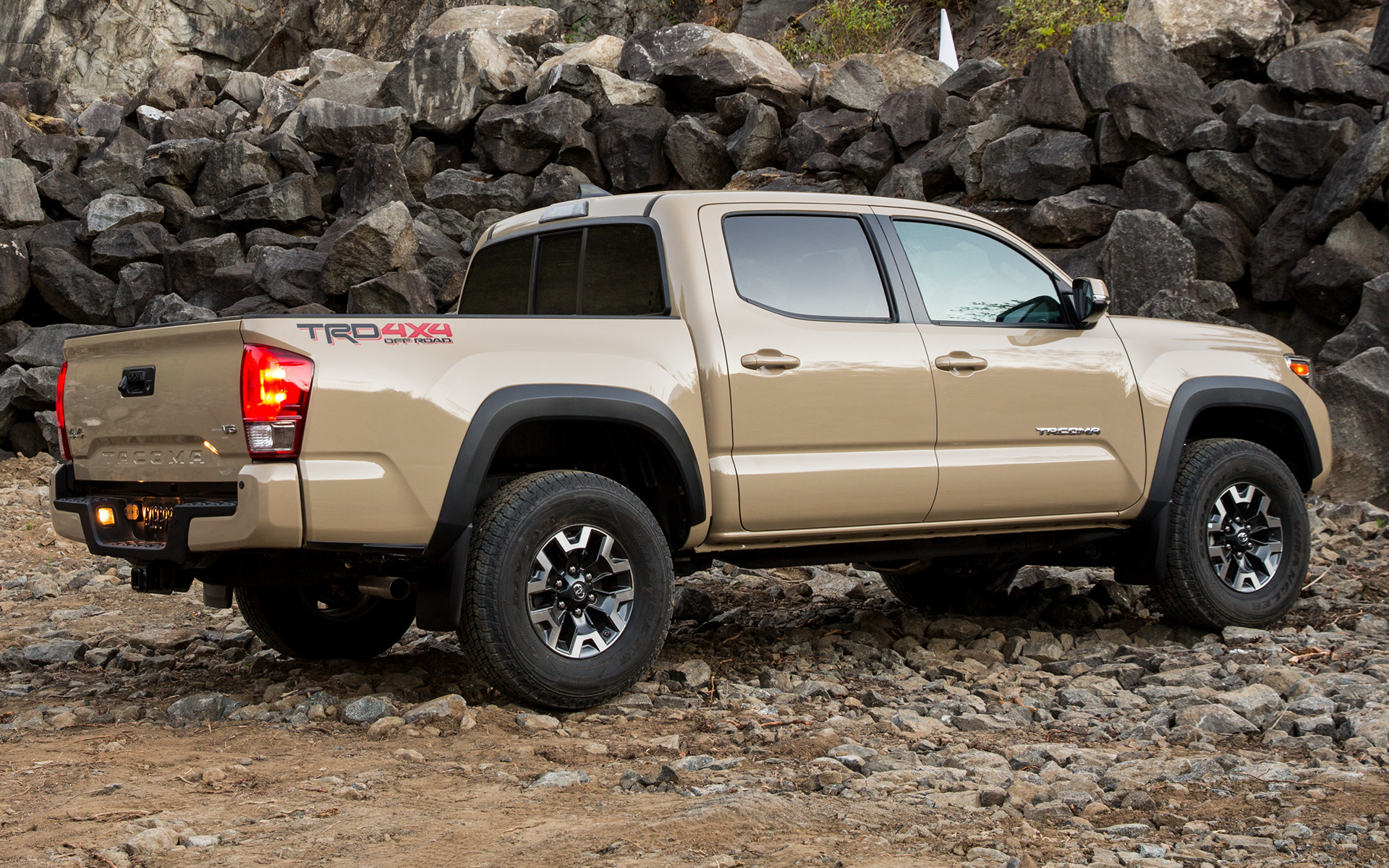 Toyota Tacoma TRD Off Road Double Cab 2016 Wallpapers and HD Images 1920x1200