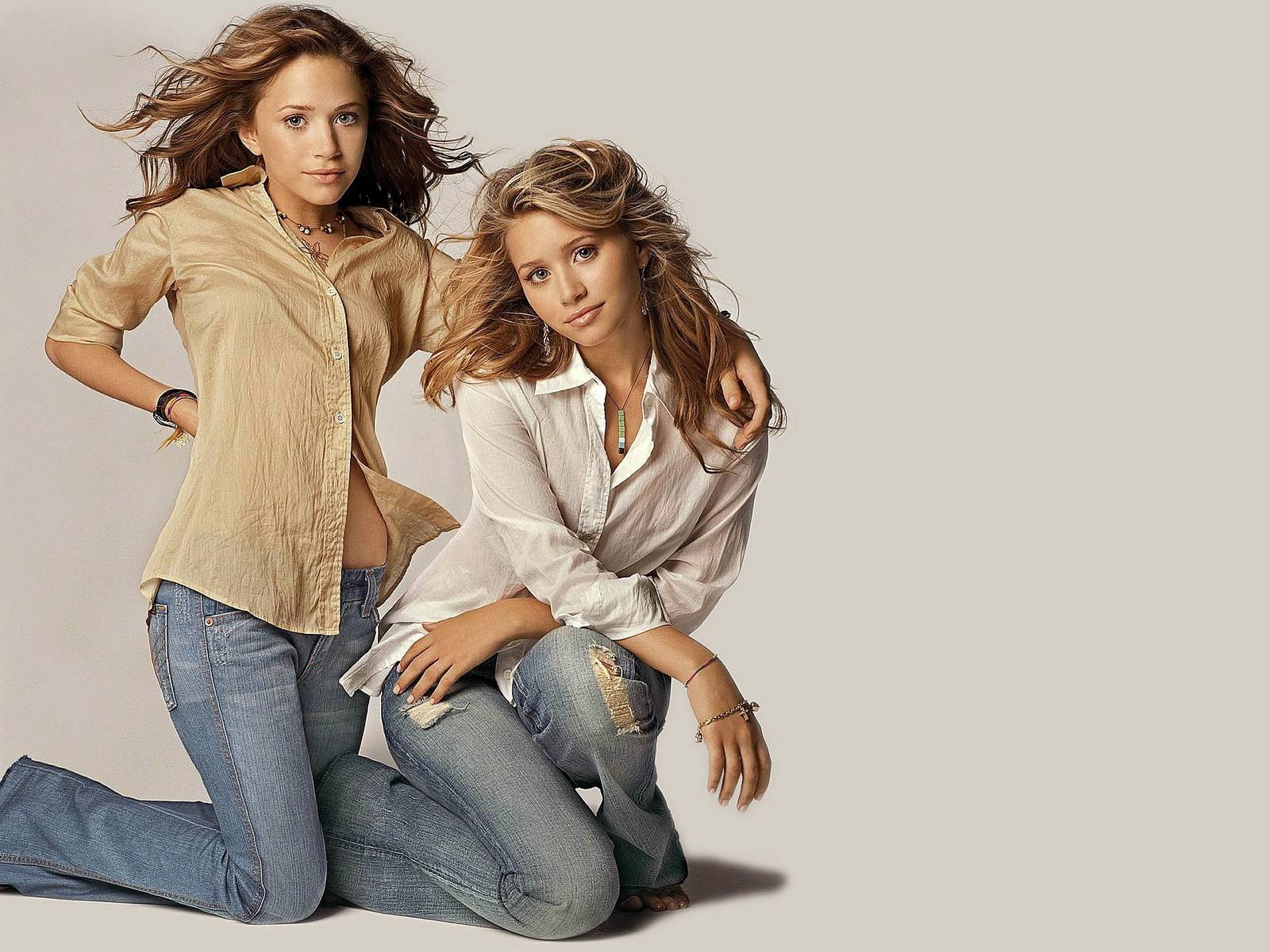Olsen Twins 1600x1200 Wallpaper Resolution1600x1200 294views Image 1600x1200