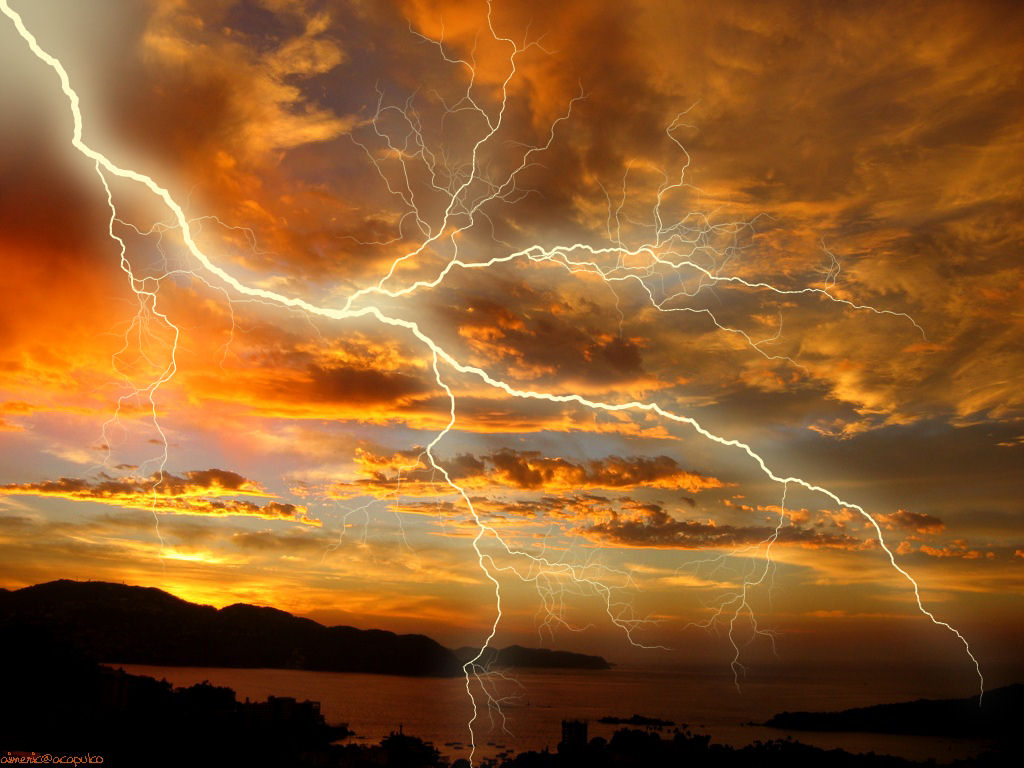 Thunderstorms And Lightning Wallpaper Storms H Intended Inspiration