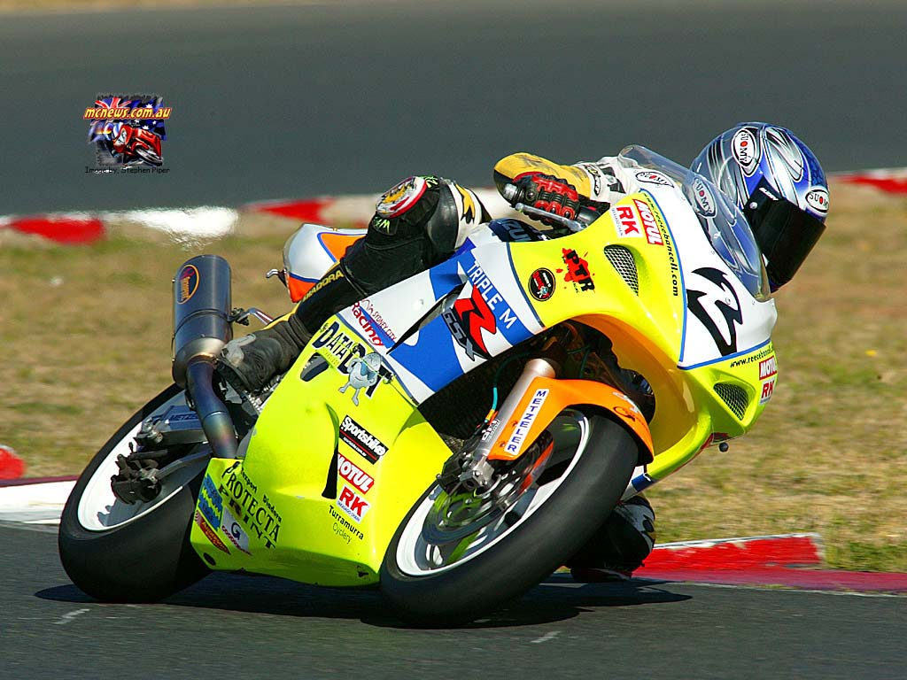 motorcycle Moto Gp racing Bikes Champion Valentino Rossi wallpaper 1024x768