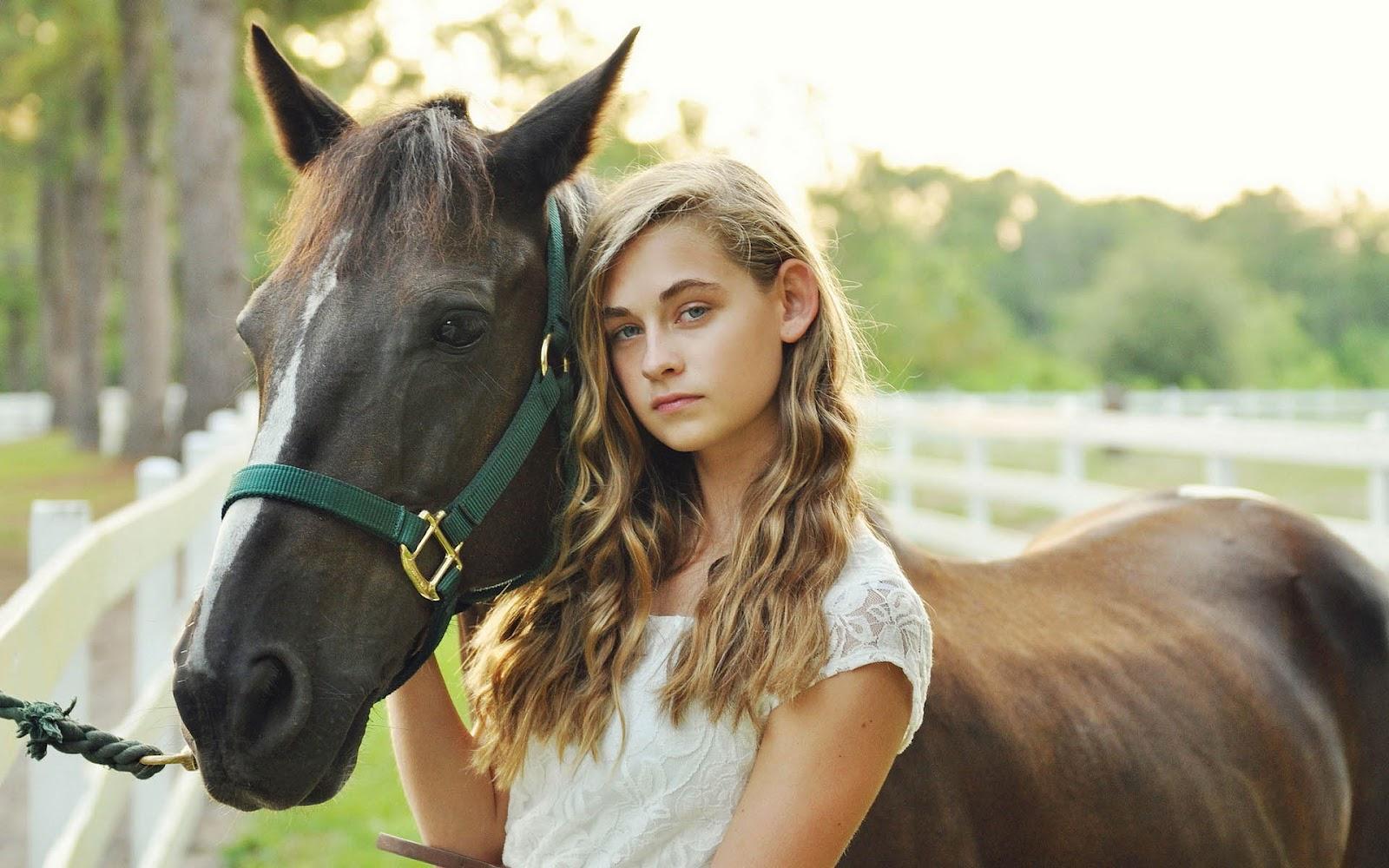 Wallpaper foto wallpapersafari - Kamer paard meisje ...