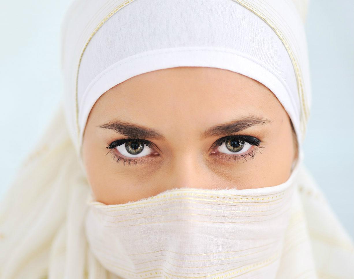 Arab Girls 1226x969
