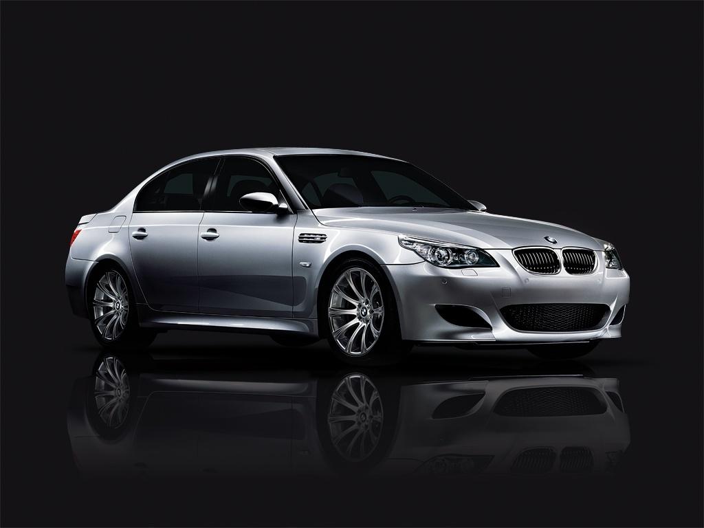 2010 BMW M5   conceptcarzcom 1024x768