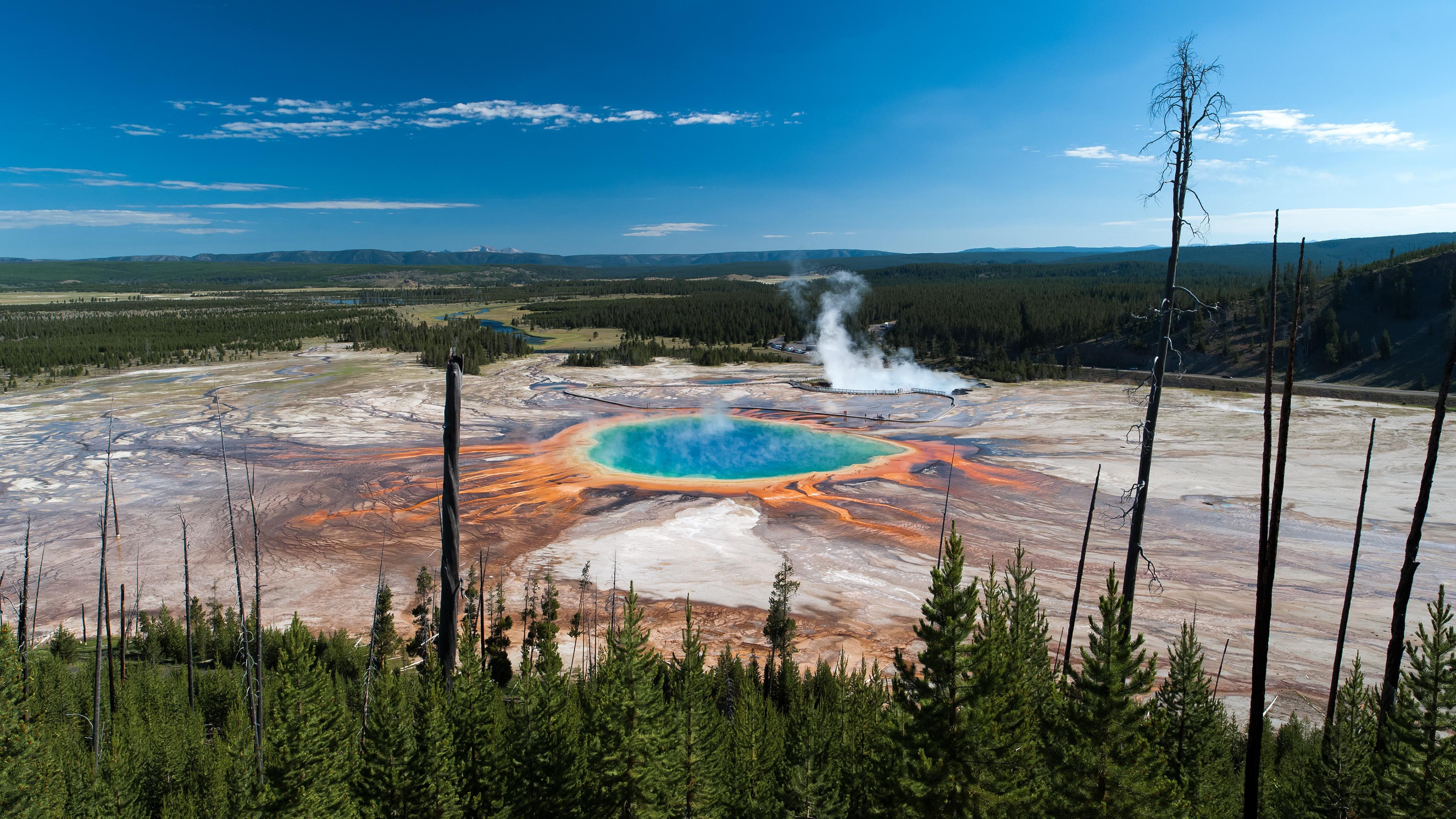 Yellowstone Sapphire Pool 4K Desktop Wallpaper 3840x2160