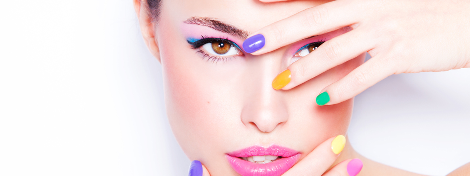 Displaying 19 Images For   Beauty Products Background 1600x600