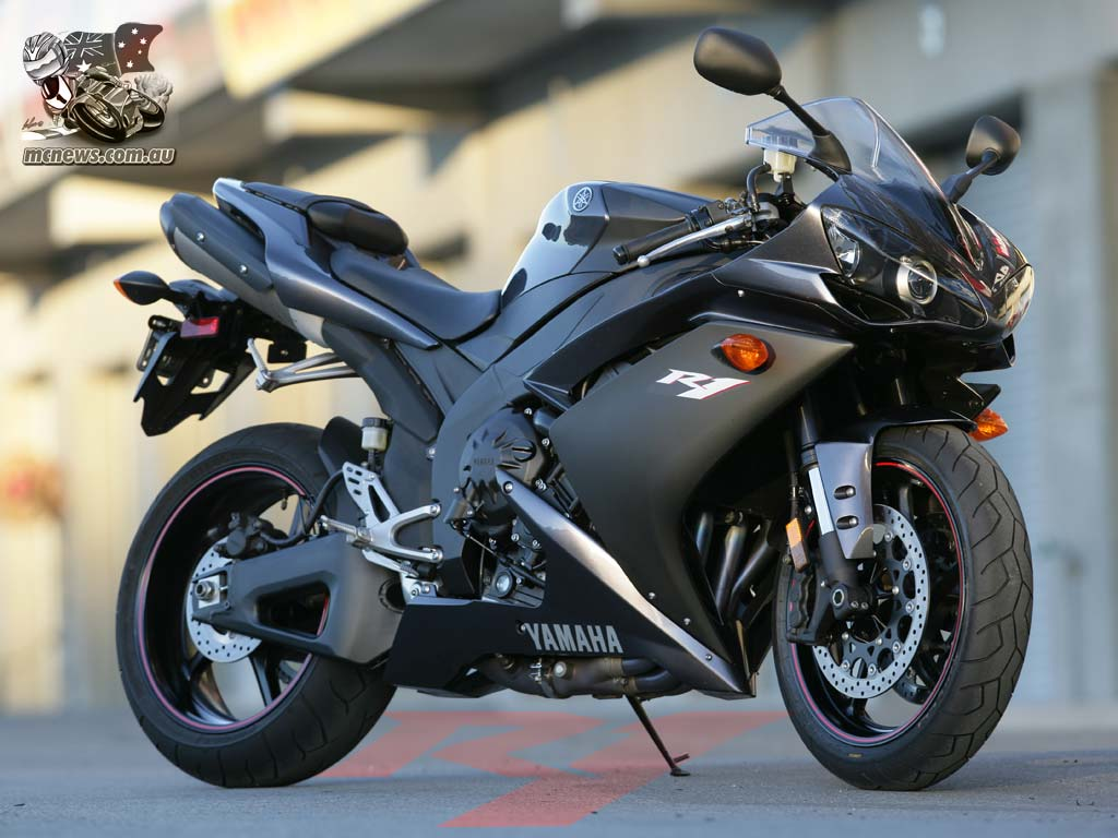 Yamaha R1 Wallpaper 7658 Hd Wallpapers in Bikes   Imagescicom 1024x768