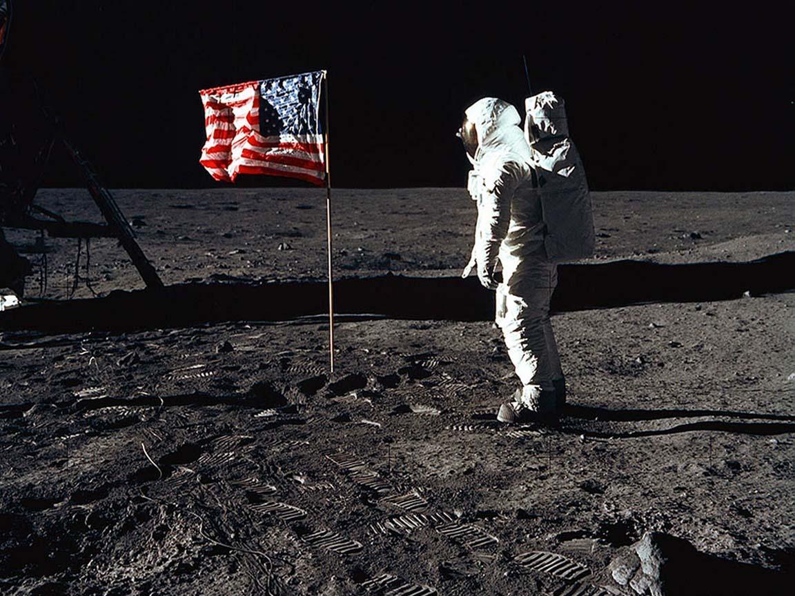 44 Man On The Moon Wallpaper On Wallpapersafari
