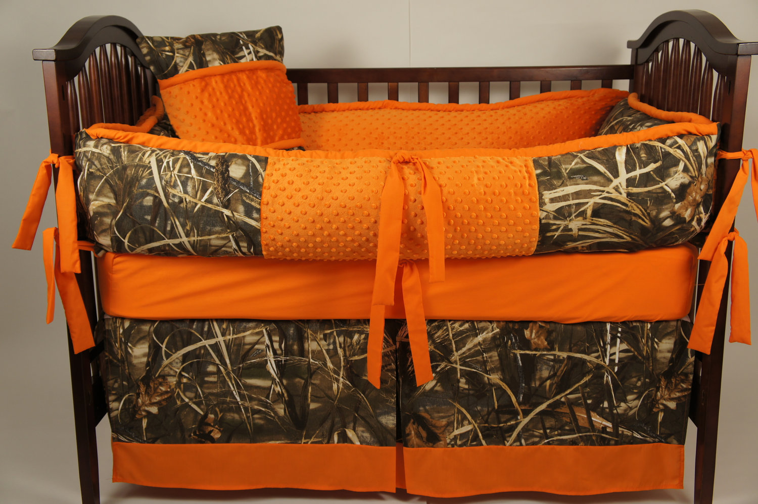 Orange Camo Bedding 1500x998