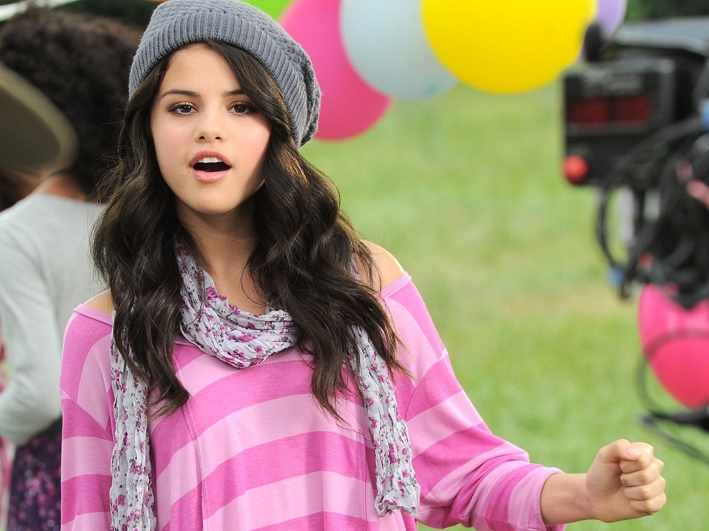 Selena Wallpaper   Selena Gomez Wallpaper 21145385 1024x768