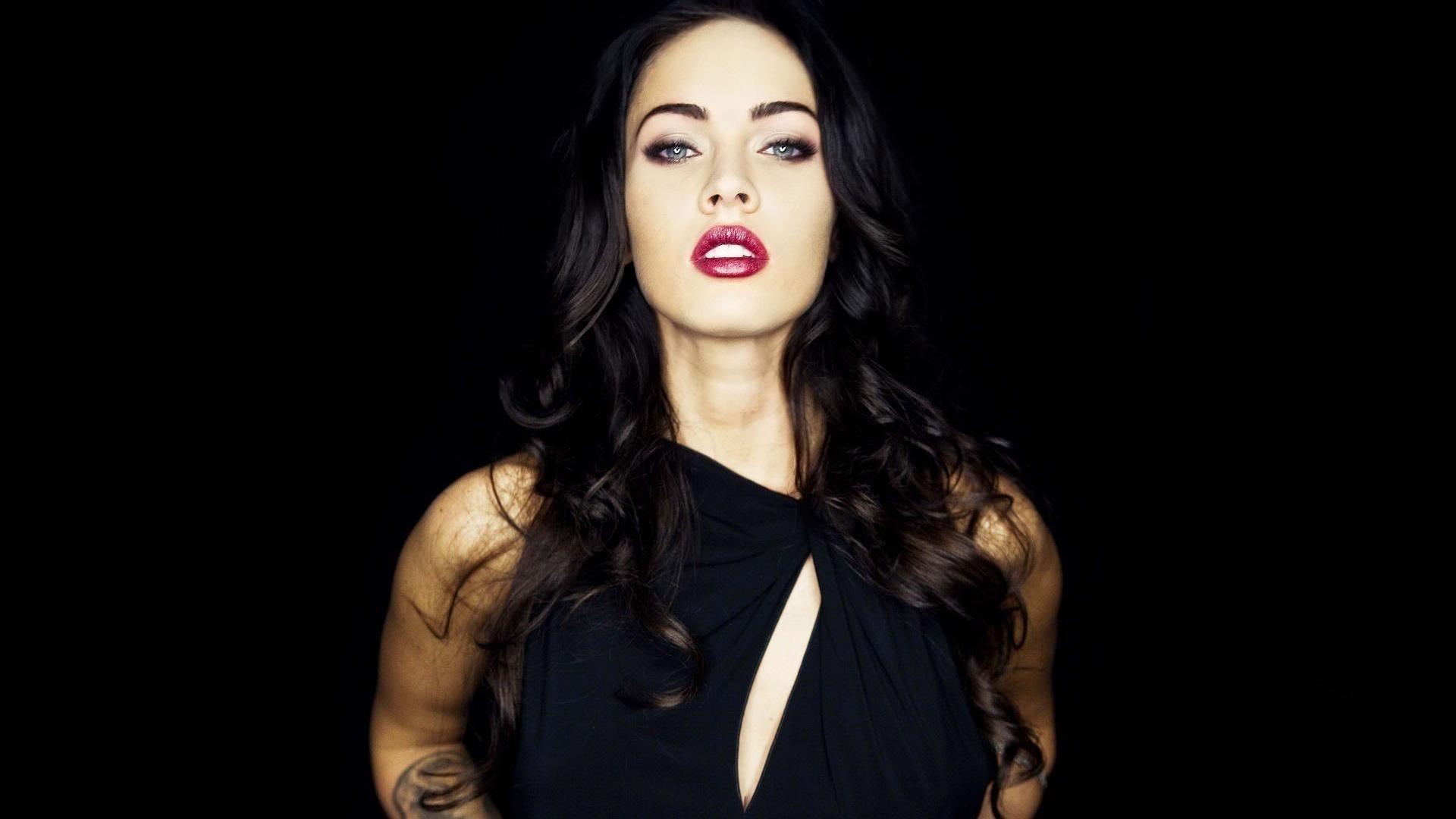Megan Fox Hot Girl HD Wallpaper of Celebrities 1920x1080